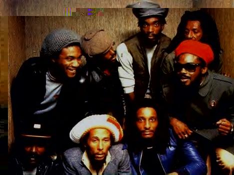 - Dernière photo de groupe prise dans un ascenceur lors de la tournée américaine de 1980 -